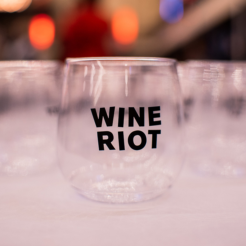 Wine Riot logo