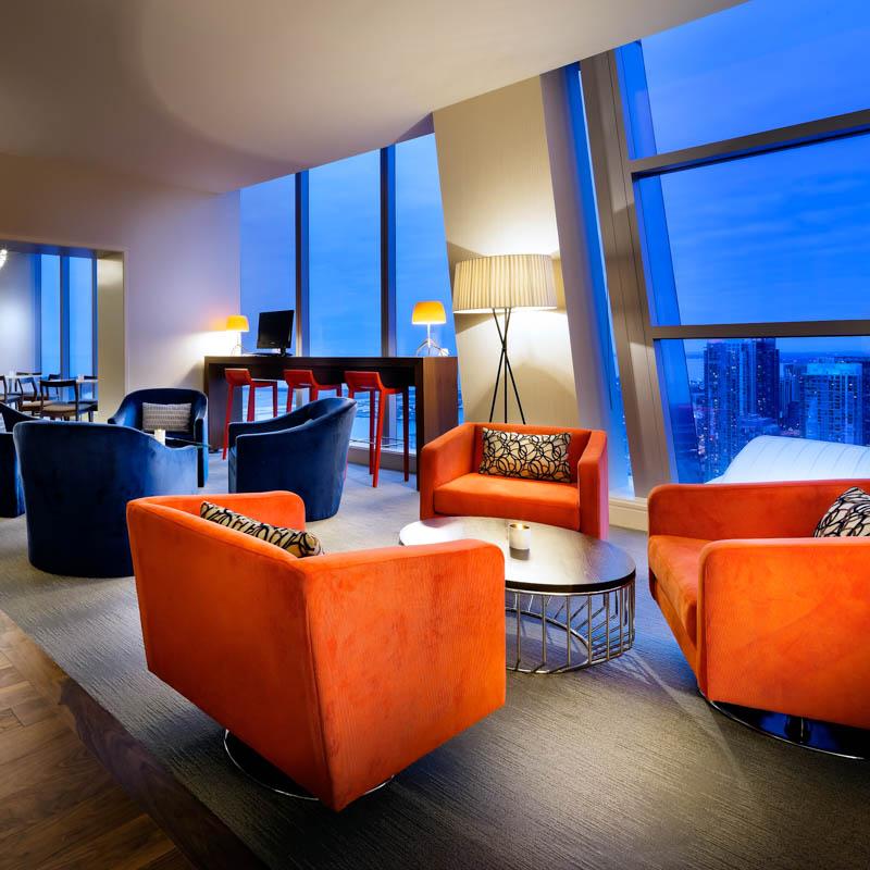 Delta club lounge