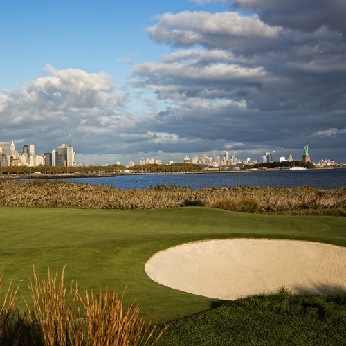 Hit a Culinary Hole-in-One & Play in the ment'or Charity Golf Tournament + Dinner at Per Se & Kitchen Tour